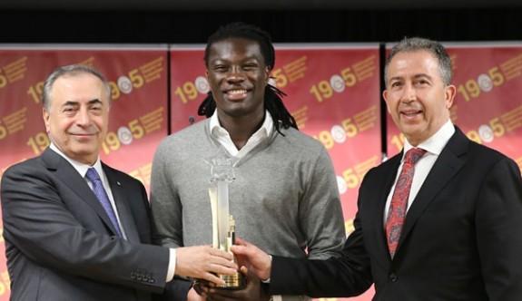 Galatasaray'da yılın sporcusu Gomis