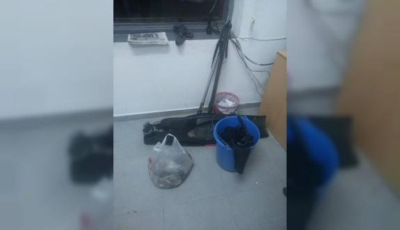 Gece denizde kaçak av yapan 2 kişi tutuklandı