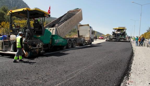 Girne – Lefkoşa Anayolu'nda asfaltlama çalışmaları başladı