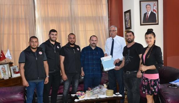 Girne'de sokak köpekleri kısırlaştırılıyor