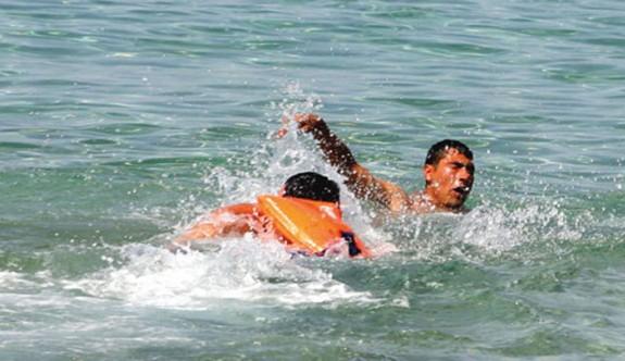Glapsides Plajı'nda 5 kişi ölümden döndü