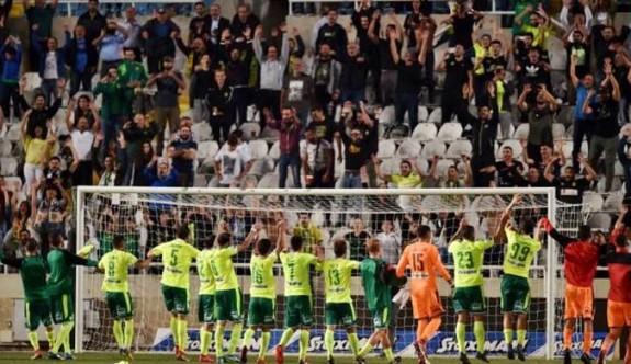 Güney'de finalin adı AEK-Apollon