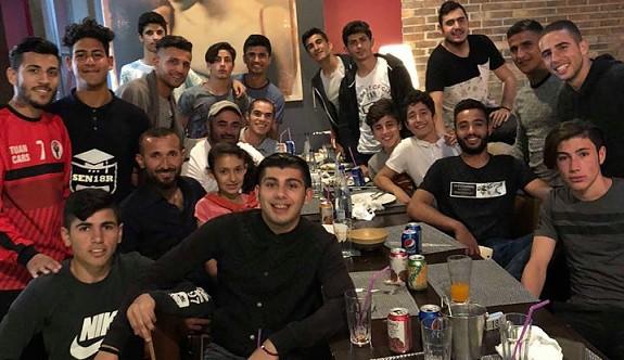 Hamitköy U 21 Takımı, şampiyonluğu kutladı