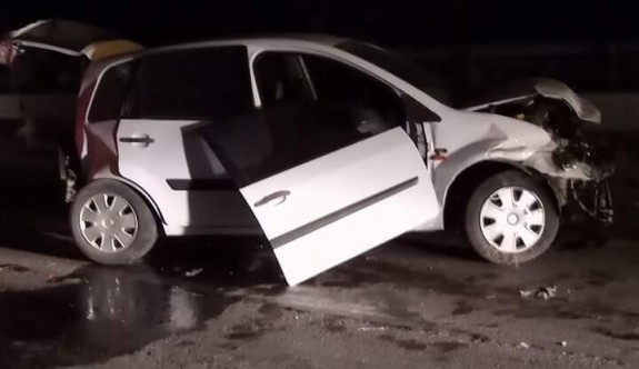 Kaza yapan araca çarptı