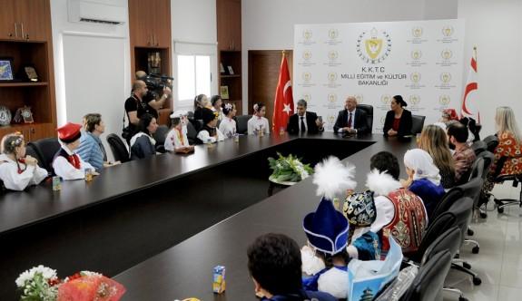 """""""KKTC'de de eğitime Atatürk'ün ilke ve devrimleri temelinde şekil veriliyor"""""""