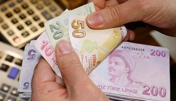 Müşavir maaşlarına 21 milyon 840 bin TL