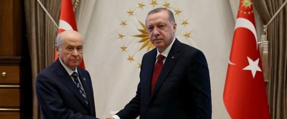 Son dakika: Türkiye erken seçime gidiyor