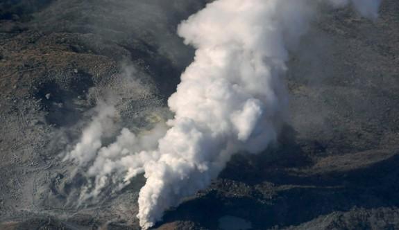 Suskun yanardağ 250 yıl sonra patladı