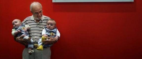 60 yılda 2,4 milyon bebeği kurtardı