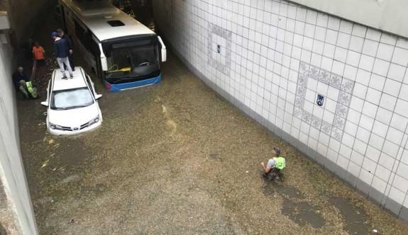 Ankara yine sele teslim oldu
