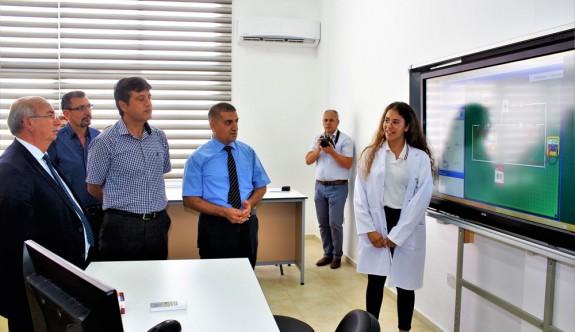 Bülent Ecevit Anadolu Lisesi'nde üç laboratuvar hizmette