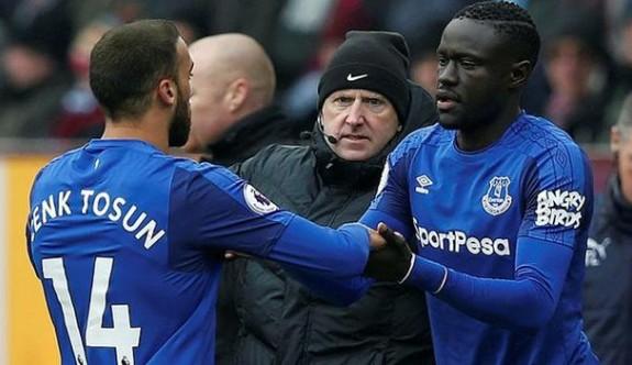 Everton'da soyunma odası 'savaş alanı'na döndü