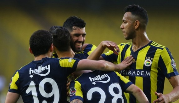 Fenerbahçe, ligi ikinci sırada bitirdi