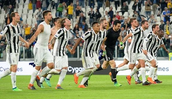 Juventus şampiyonluğa koşuyor