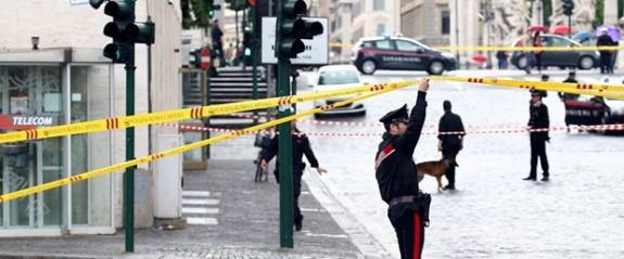 Roma'da bomba paniği: Bir banka tahliye edildi