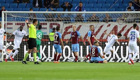 Trabzonspor'a evinde büyük şok