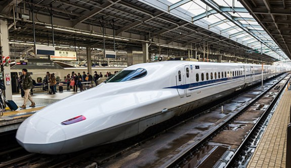 Tren 25 saniye erken kalktı, Japon şirket özür diledi!