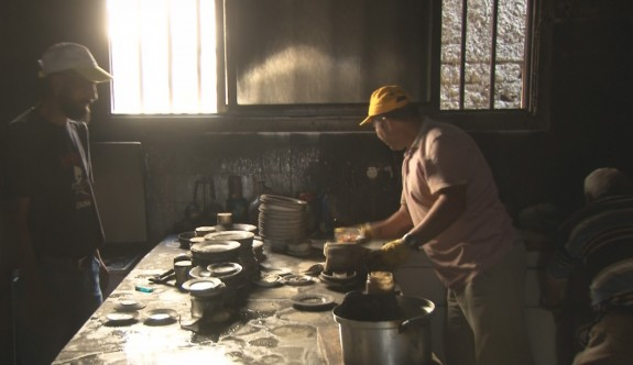 43 yıllık restoran kül oldu