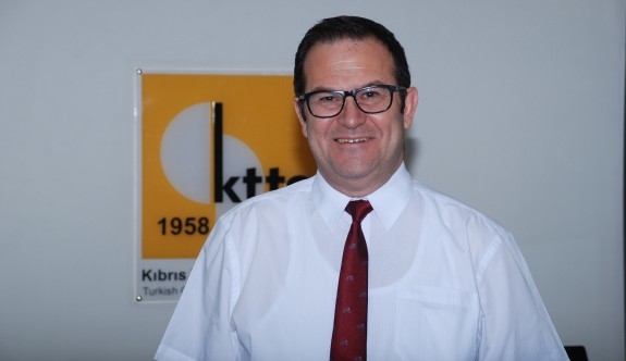 """""""Çözümsüzlük daha çok Kıbrıslı Türkleri etkiliyor"""""""