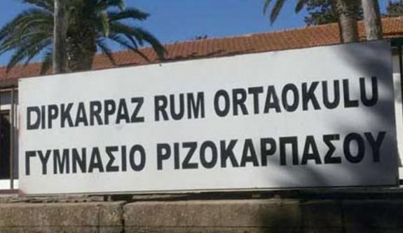 Dipkarpaz'daki Rum öğrencilere 10 bin 800 Euro'luk destek