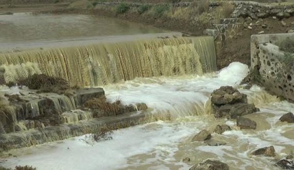 Doğu Mesarya sağanak yağışa teslim oldu