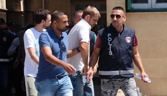 Hem satıcılar hem de alıcılar tutuklandı