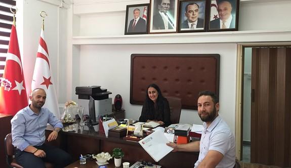 KTÖS'ten Londra'daki Türk dili okullarının geliştirilmesine yönelik öneriler