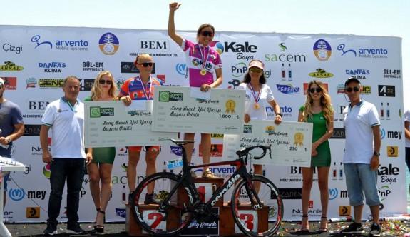 Long Beach Bisiklet Yol Yarışı yapıldı