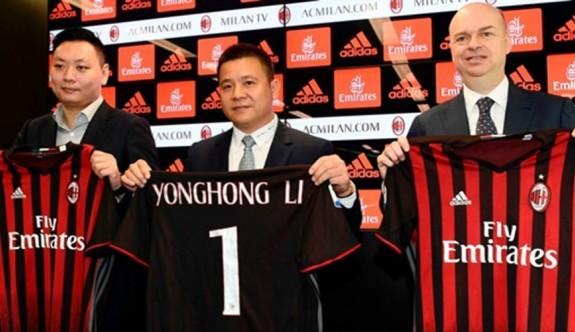 UEFA'dan Milan'a büyük ceza!