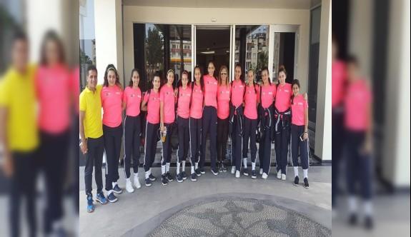 Yıldız voleybolculardan, Türkiye'de başarılı temsiliyet