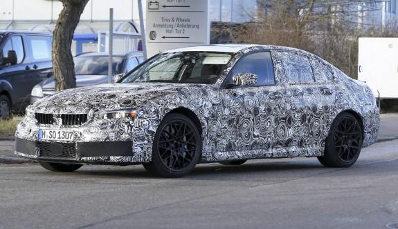 2020 yeni kasa BMW M3 G80 görüntülendi