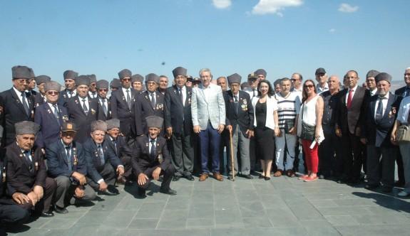20 Temmuz İzmir'de de kutlandı