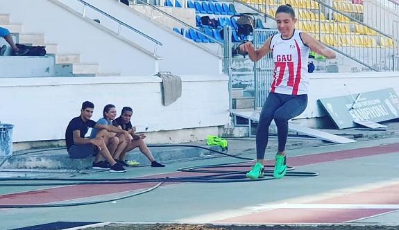 Atletlerimiz, İzmir'de yarışacak