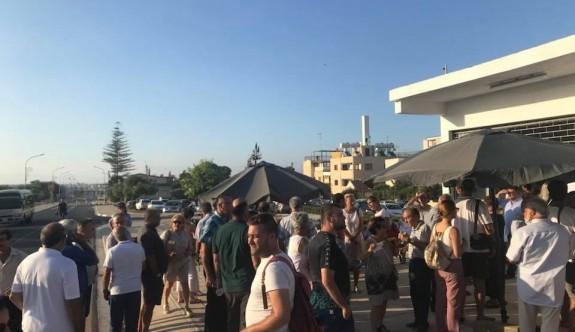 Derinya'da iki toplumlu merkez açıldı