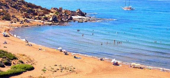 Esentepe ve Alagadi Plajı'nda 3 kişi boğulma tehlikesi geçirdi