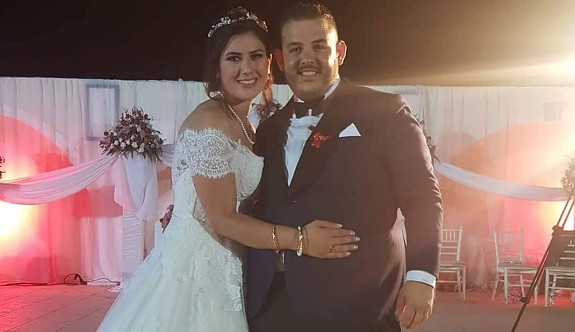 Evram evlendi
