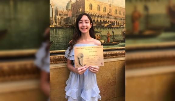 Genç piyanistten İtalya'da büyük başarı