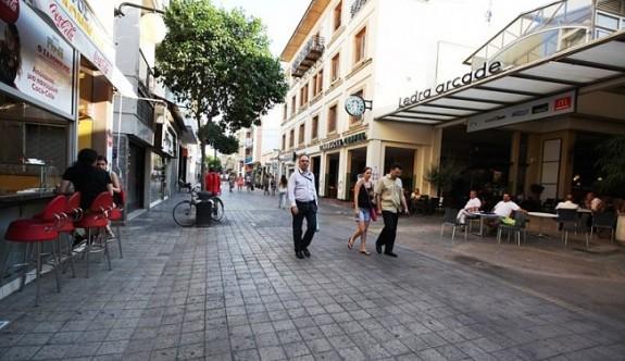 Güney Kıbrıs'ta her dört gençten biri işsiz