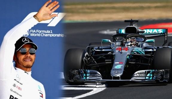 Hamilton evinde pole pozisyonunda başlayacak