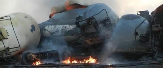 İran'de petrol tankeri felaketi