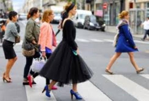 Kalın ayak bilekli kadınlar nasıl giyinmeli?
