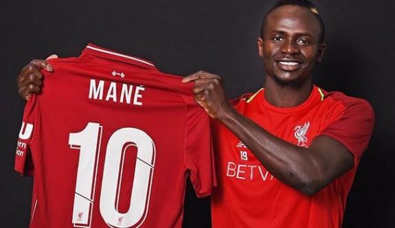 Liverpool'da 10 numaranın yeni sahibi Mane