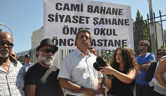 """""""Sünni İslam baskısı yapılıyor"""""""