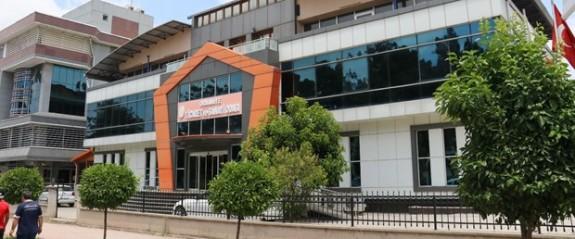 Ticaret ve Sanayi Odası'na silahlı saldırı: 1 ölü, 1 yaralı