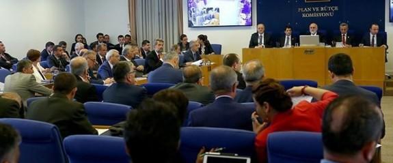 Türkiye'de bedelli askerlik düzenlemesi komisyondan geçti