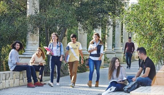 YDÜ yüksek lisans ve doktora programlarına burs verecek