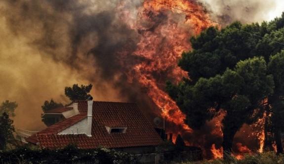 Yunanistan'da can kayıpları artıyor