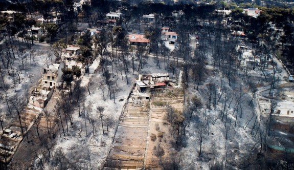 Yunanistan'daki yangınlardaki ölü sayısı arttı