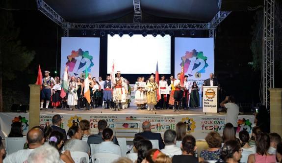 12. Uluslararası Lefkoşa Halk Dansları Festivali'ne görkemli açılış