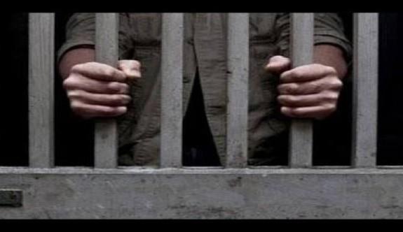 28 mahkuma af çıktı